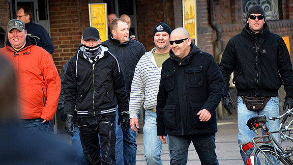 "Bremer GSD-Nazis bei ""OLGIDA 2"" (März 2015)"