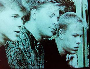 "Screenshot aus TV-Dokumentation über ""Torfsturm"" 1995: links Michael Kurzeja, in der Mitte Drewitz"