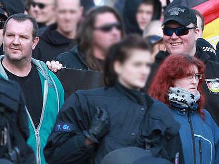 Eric und Ivonne Wessel beim GSD-Aufmarsch in Magdeburg (April 2016), rechts grinst noch Michael Füger